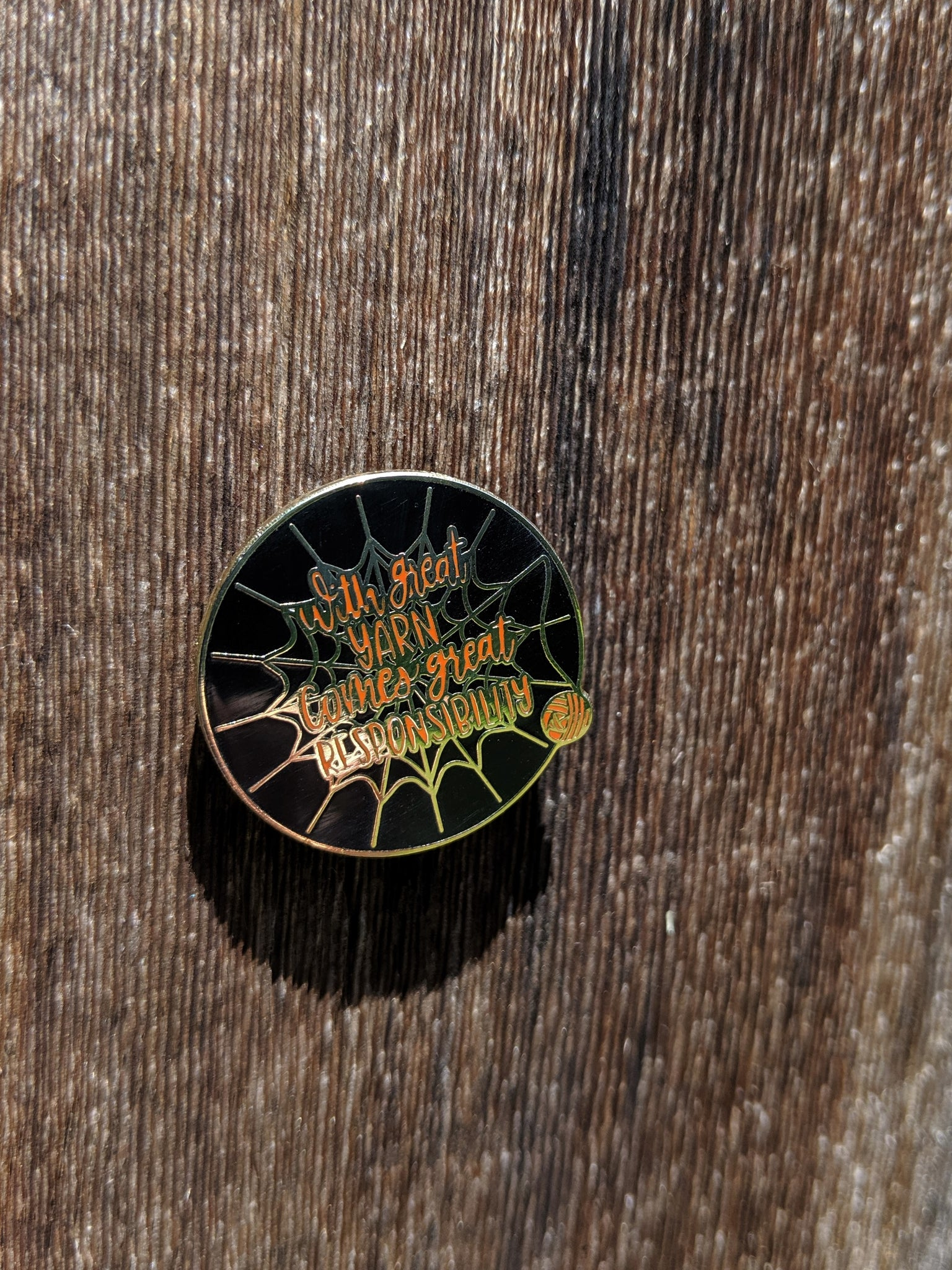 Motto Pin