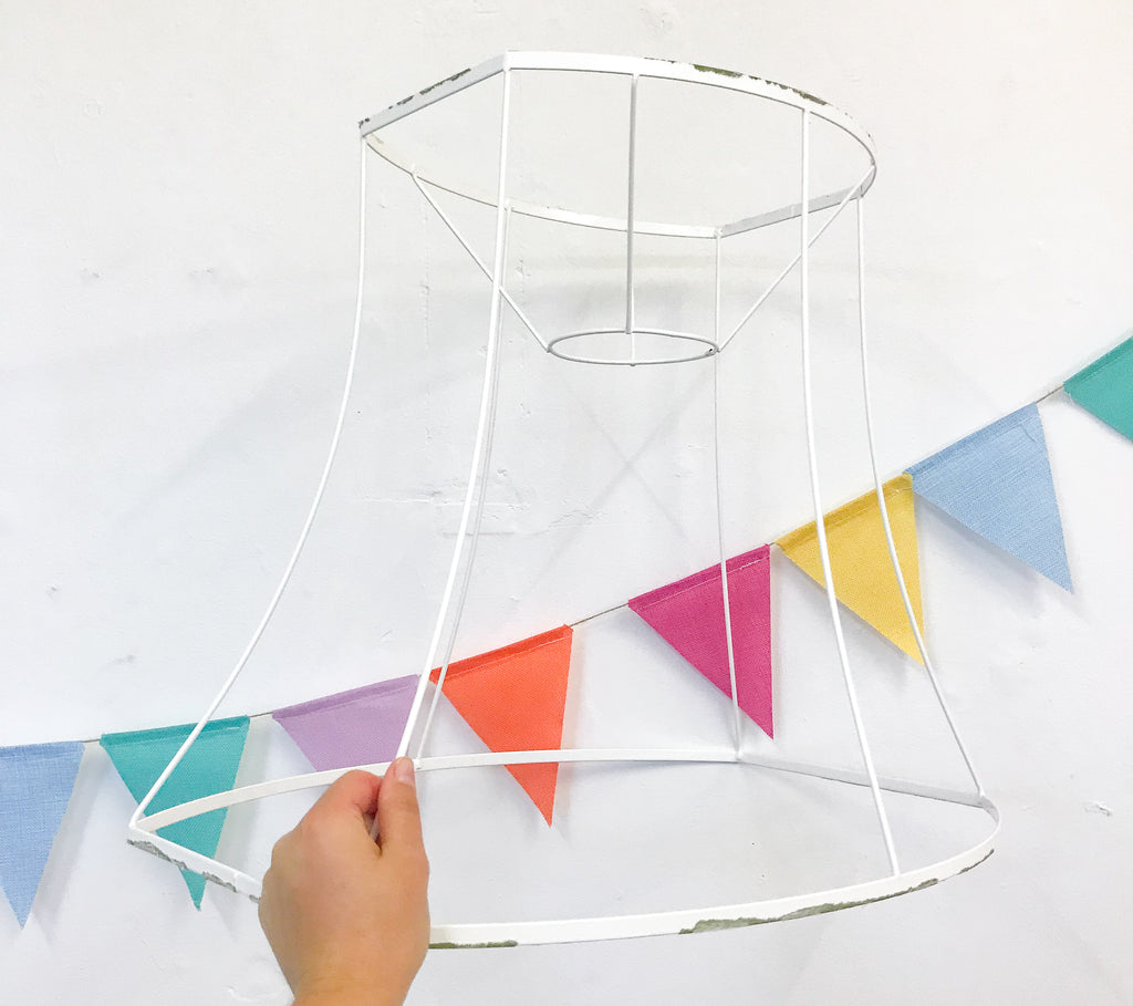 Lampshade frame