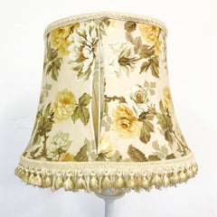 Floral lampshade to recover