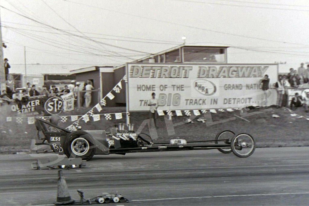 "4 x 6"" Glossy Photo Of An Old Dragster Racing At Detroit Dragway"