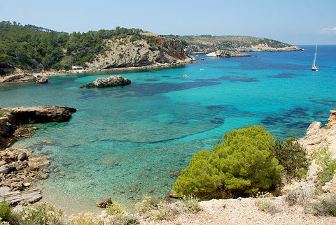 According to Nicolas Alexander it is hard to find a better beach than Cala Xarraca