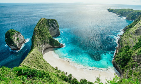 Looking to take your Nicolas Alexander swim shorts somewhere special? Then Nusa Penida is the place to go