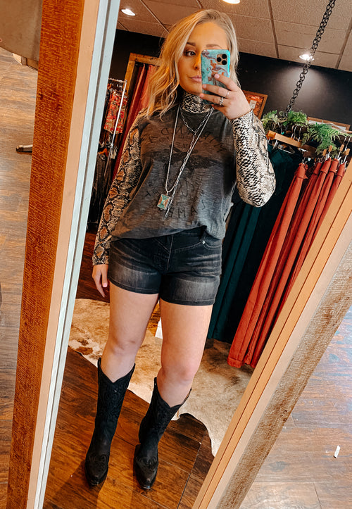 The Sittin' Pretty Black Shorts
