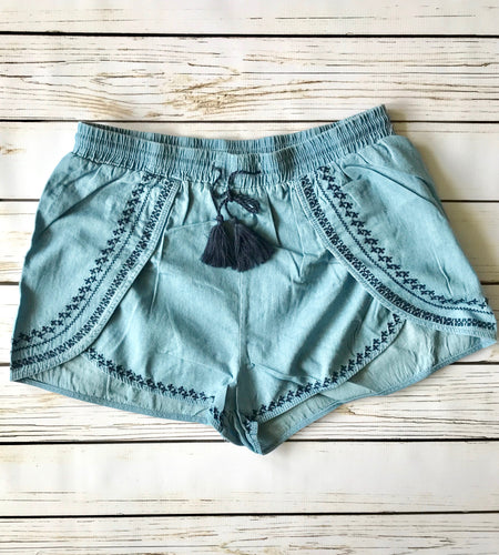 Embroidered Short