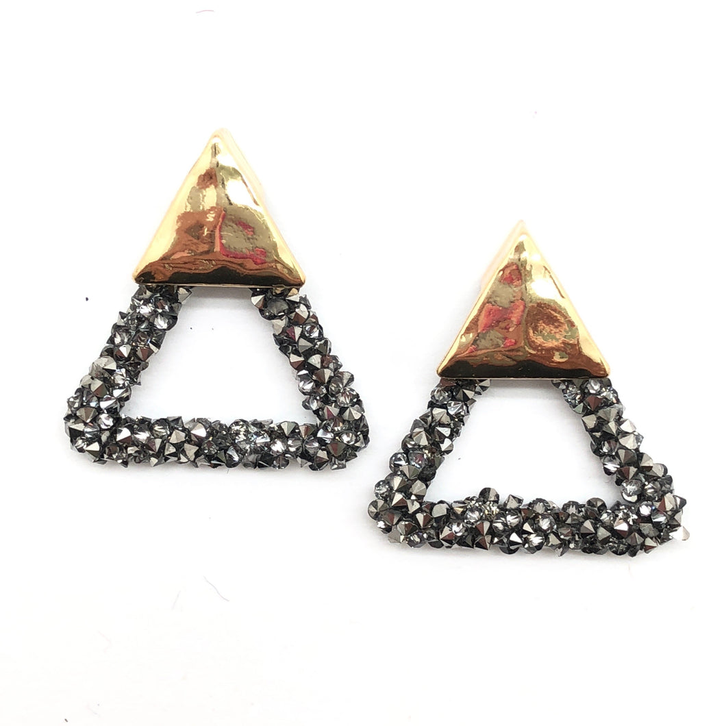 Paved Triangle Stud