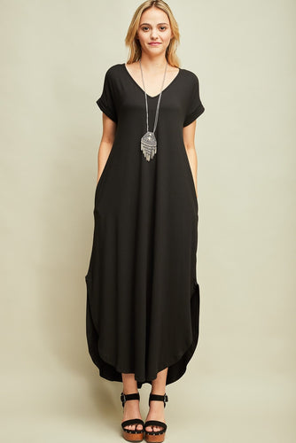 Maxi Dress with Pockets in black