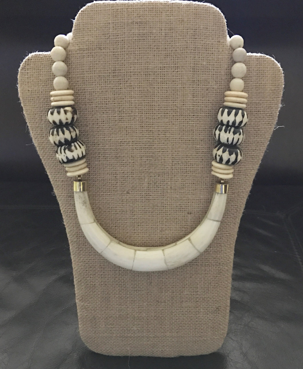 Bone Horn Collar Necklace