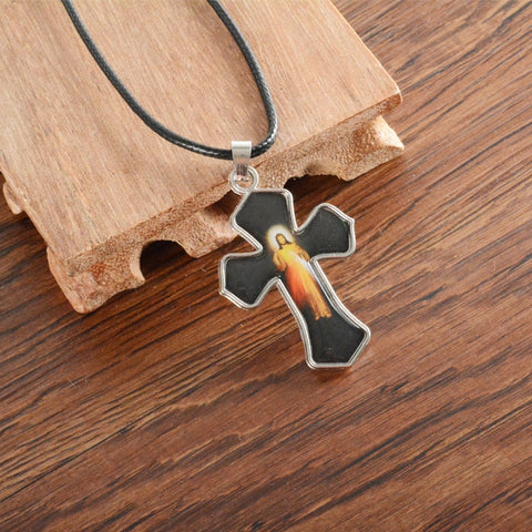 1pcs/lot Jesus Cross Stainless Steel Pendant Necklace Man Women Catholic Fashion Religious Jewelry Wholesale