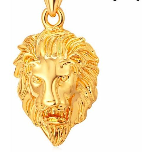 "Club Giv ""King Series"" Pendant Necklace"