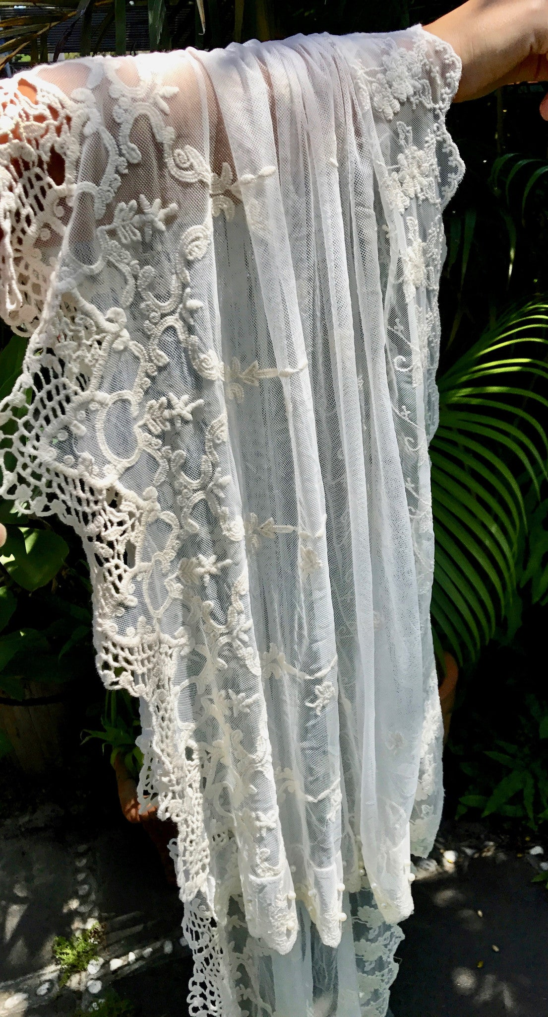 Exquisite Lace Throw
