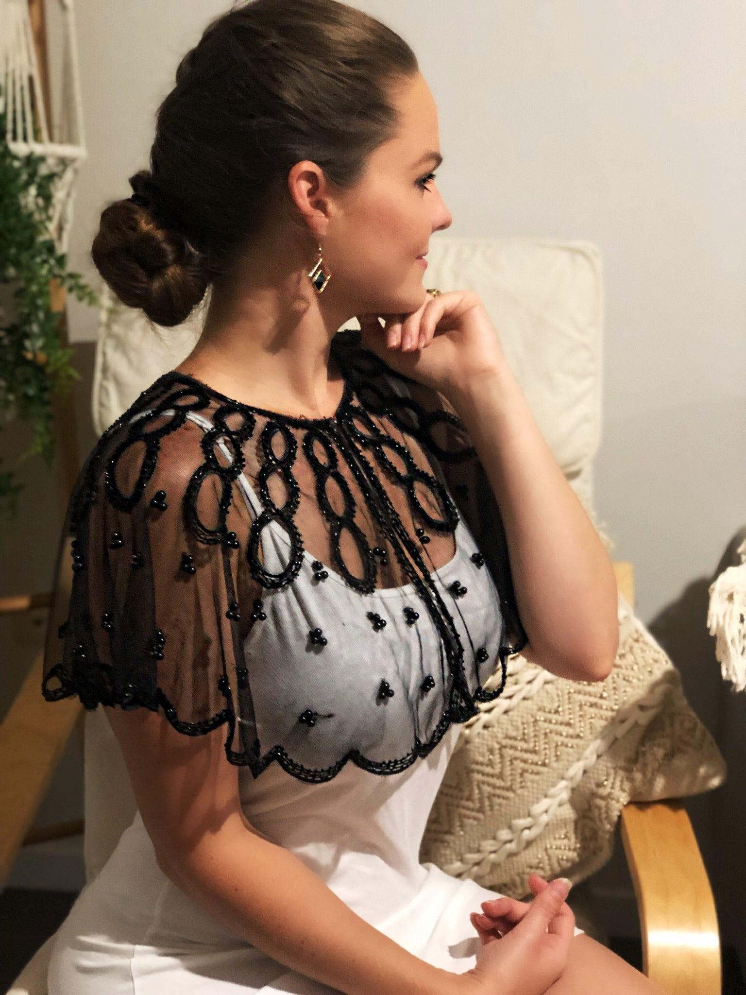 Black Pearl Lace Shoulder Cape