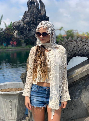 Exquisite Lace Head Scarf