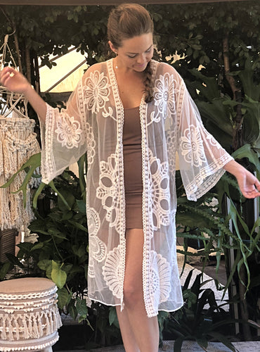 Lace Kimono (Great for plus size)