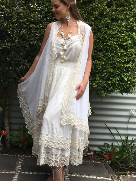 wedding outfit white lace vest jacket