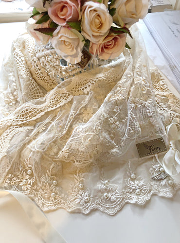 French Daisy cream lace scarf
