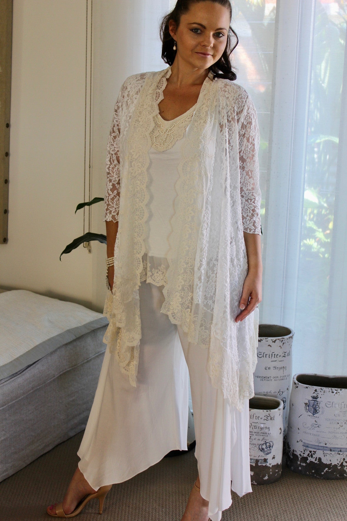 mother of the bride, white, lace, vintage