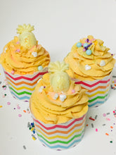 Bath Luna Cupcake- Pineapple & Coco Milk