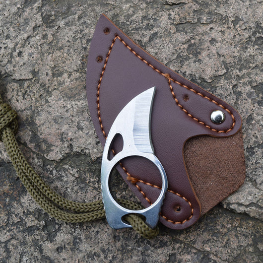 Tactical Claw credit card knife (Leather Sheath included) - Doctor Doomsday Survival Co.