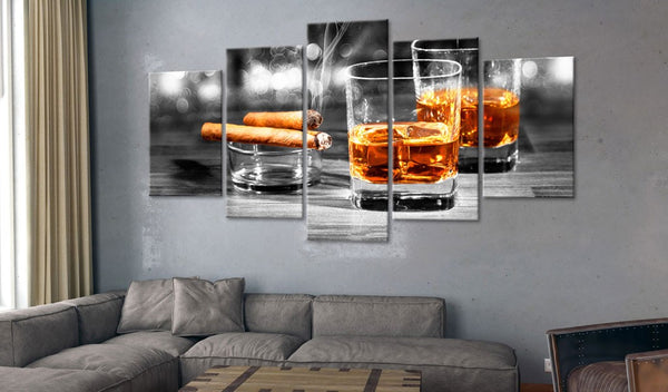 Quadro - Cigars and whiskey