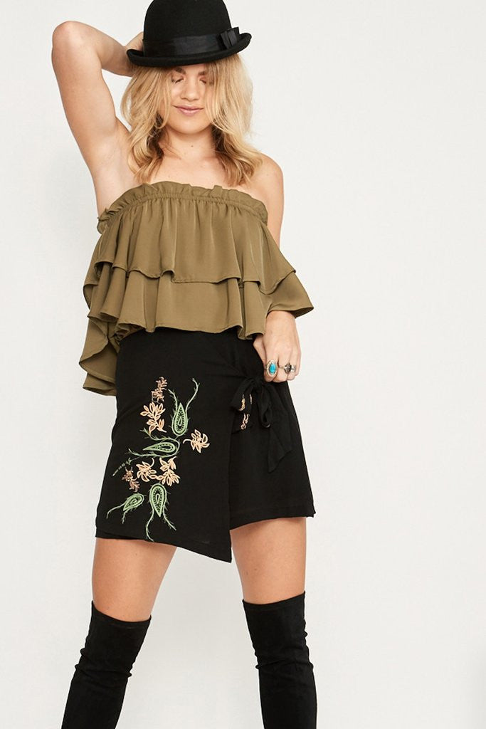 Alicia Ruffle Strapless Top
