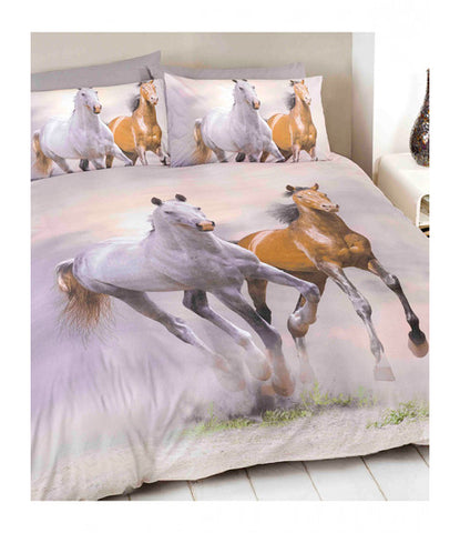 Galloping Horses Double/Queen Duvet Cover and Pillowcase Set