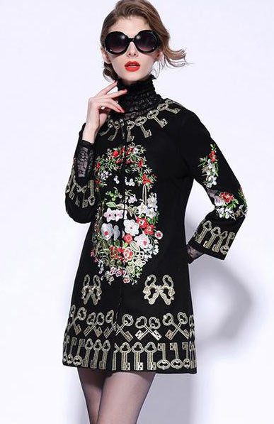 Elegant Three Quarter Sleeve Keys Flowers Embroidery Woolen Overcoat - Lizachic