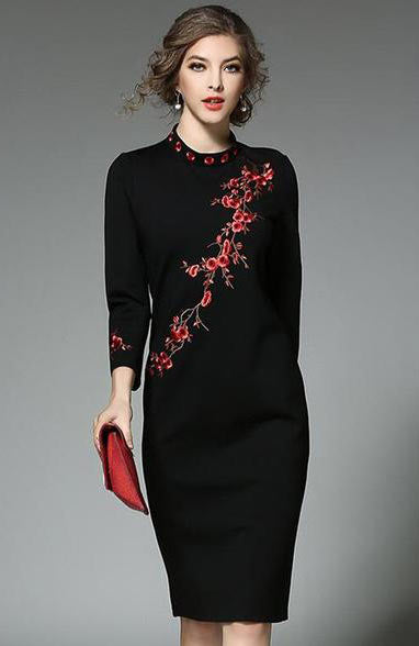 New Elegant O-Neck Embroidered Three Quarter Sleeve Knee-Length Dress - Lizachic