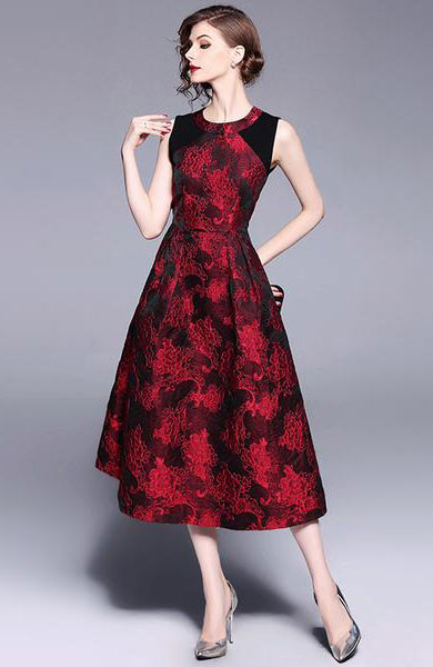 Elegant Vintage Embroidery Sleeveless O Neck Big Swing Mid Calf Dress - Lizachic