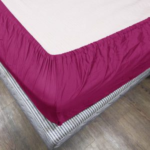 Comfy Solid Sateen Fitted sheet Hot Pink