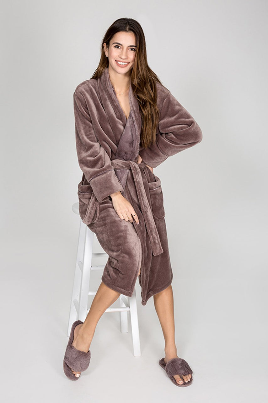 ROBE LUXE PLUSH ROBE