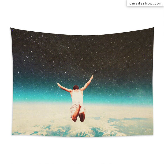★Wall Tapestry★ Falling With A Hidden Smile (Horizontal) - Frank Moth