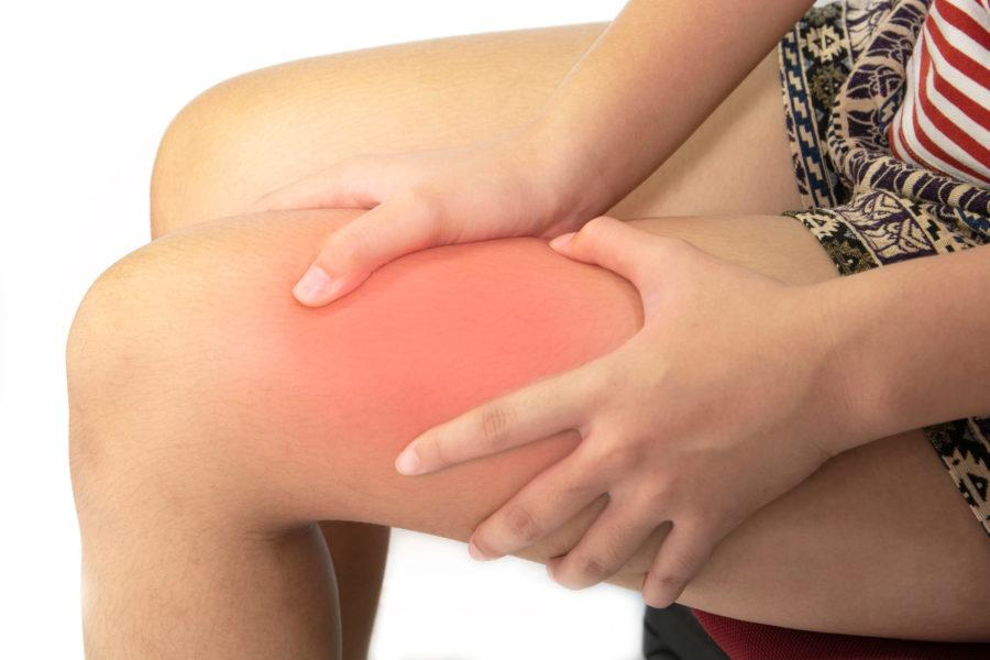 Urustambha Causes, Symptoms, Warning Signs + Ayurvedic Treatments For Thigh Pain