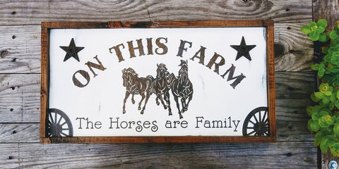 New Farmhouse Signs Have Started to Come in!