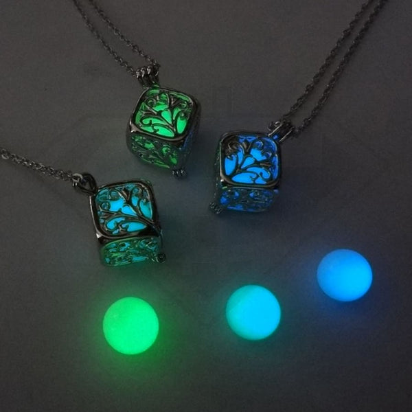 Glow In Dark Pendant Necklace Jade Green