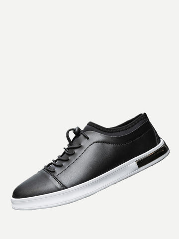 Men Lace Up Low Top Sneakers