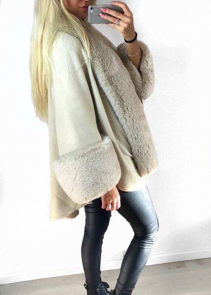 Melrose nude faux fur poncho
