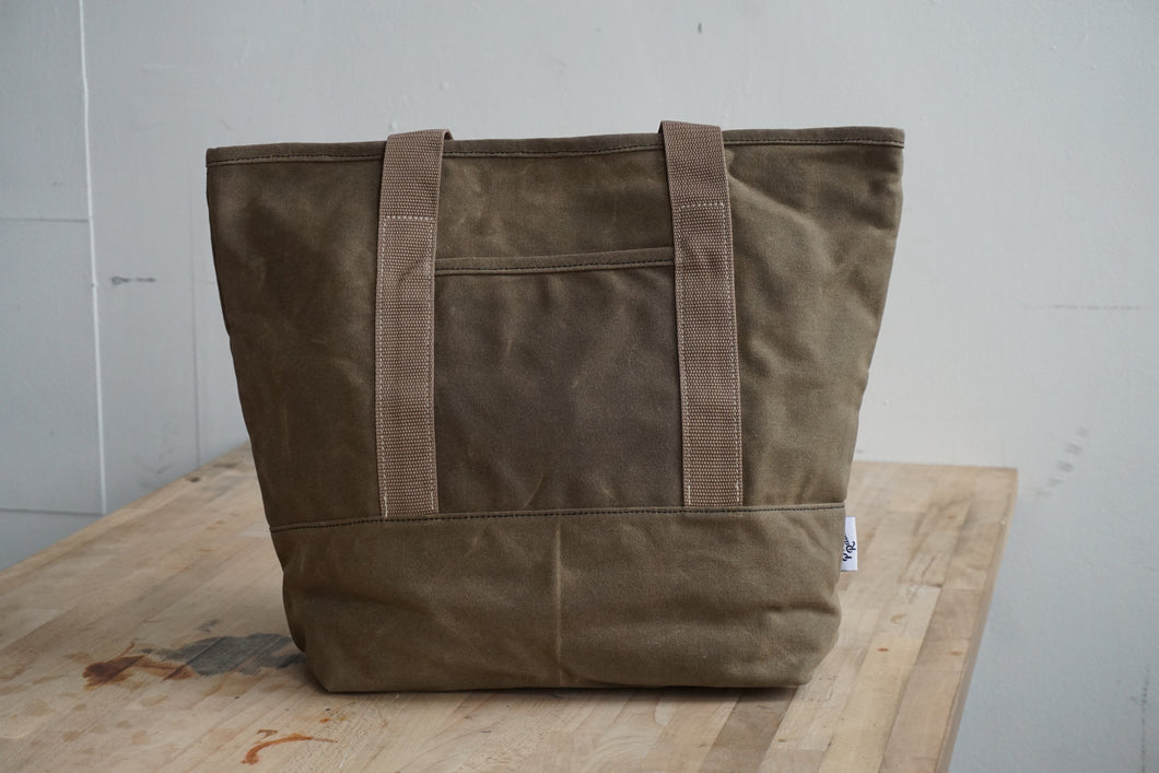 Waxed Canvas Tote bag in Forest Green