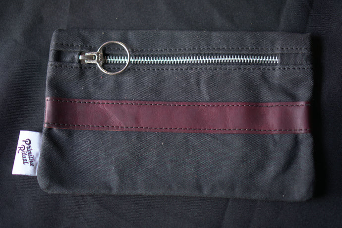Waxed Canvas Zipper Pouch - O-Ring Pull