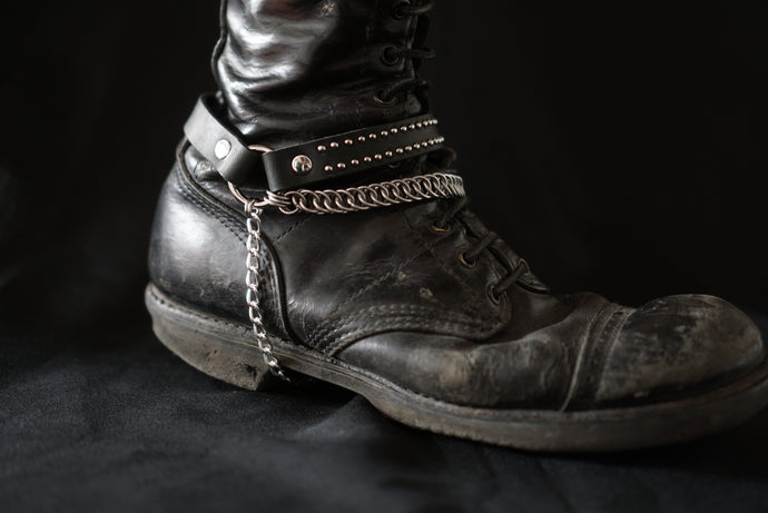 Sister Suspect Collab. Chainmaille Bootstrap - Rocker Studs