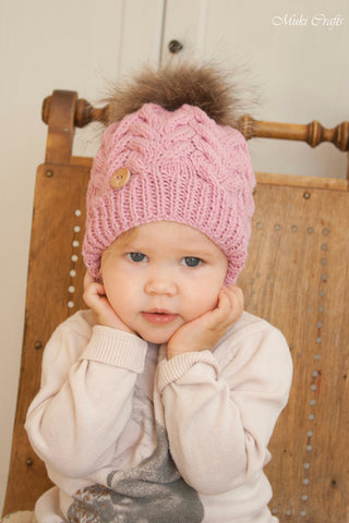 Knitting pattern cable hat Irpa