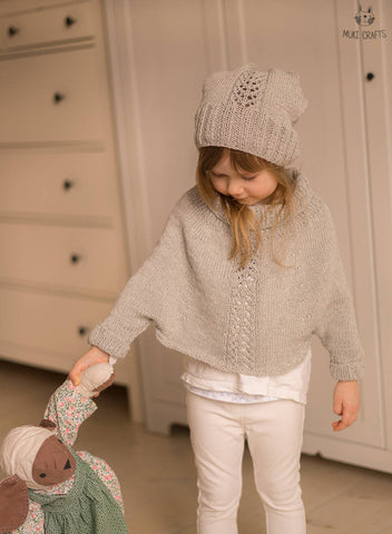 Sleeved poncho and hat set Mandy with lace