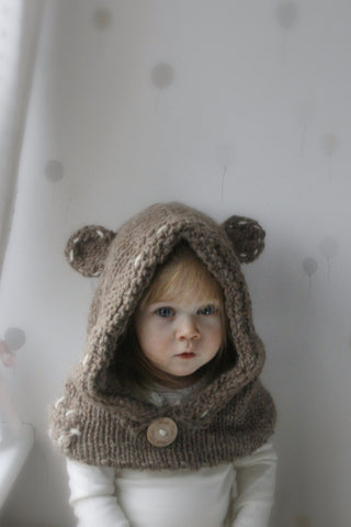Knitting pattern teddy bear hooded cowl Barri