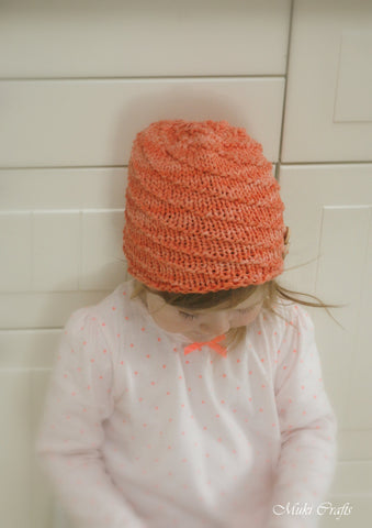 Knitting pattern spiral beanie hat Twist