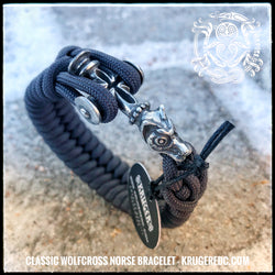 The Wolfcross original paracord bracelet
