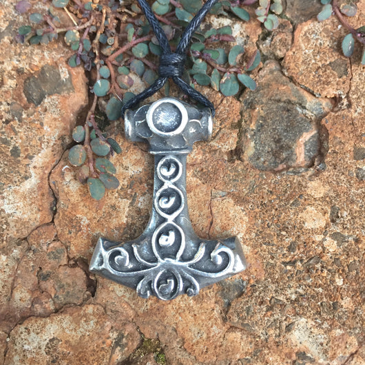 Decorated Thor's Hammer in pewter