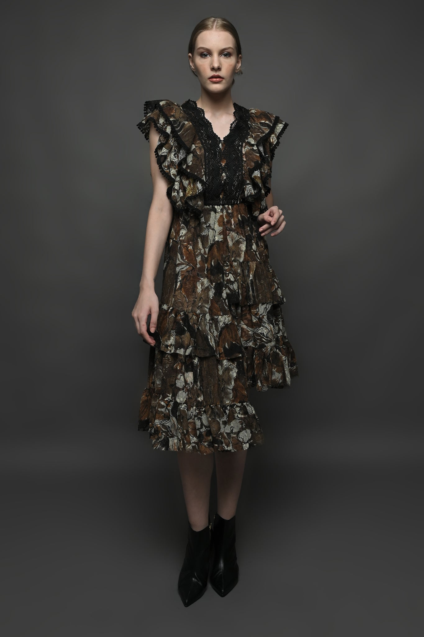 Laura Dress in Brown