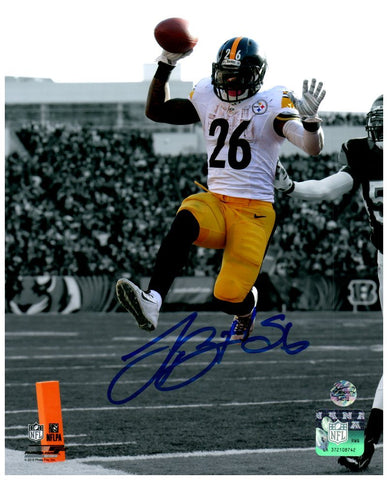 Le'Veon Bell Signed Leaping in White Spotlight 8x10