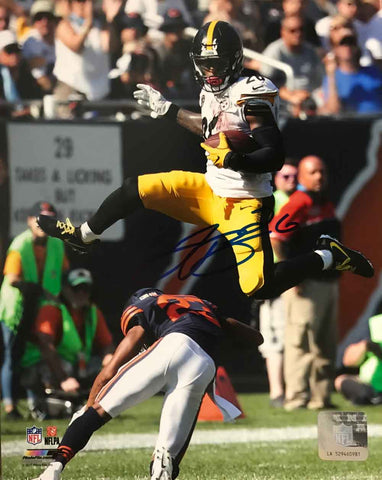 Le'Veon Bell SIGNED Leaping Over Bears 8x10 Photo