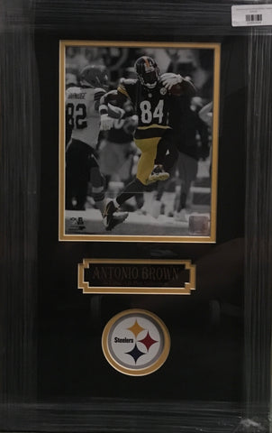 Antonio Brown Spotlight Running with Ball Unsigned 8x10 - Professionally Framed