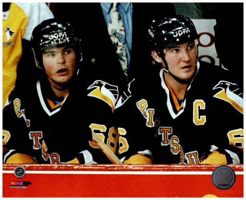 Mario Lemieux and Jaromir Jagr Sitting on Bench 8x10 Photo - Unsigned